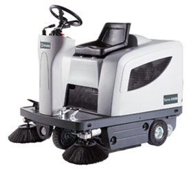 Advance Terra 4300B Ride-on Sweeper maint-free batteries